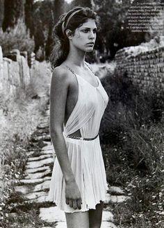 Τέτοιες μέρες βλέπουμε εικόνες από τη διαχρονική ελληνική ομορφιά για να μας θυμίζουν ό,τι αγαπάμε στην πατρίδα μας!