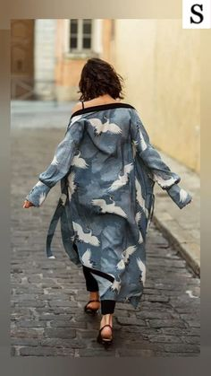 Crane Print Kimono Cardigan vacation dresses beach,vacation dresses tropical,vacation dresses caribbean,vacation dresses casual,vacation dresses mexico,summer vacation style,travel dresses summer,summer vacation clothes  #vacationdressesmexicooutfitideas #vacationdressescaribbeanresortwear #beachdressesvacationmaxiskirts #beachdressessummerbohemian #vacationdressescasual #caribbean #beach #summer #boho #maxi #hawaii #streetstyle #fashion