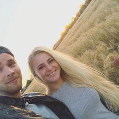 Schon seit über einem Jahr an der Seite dieses tollen Mannes. Danke für alles❤️#boyfriend#boyfriendgoals#loveu#couplegoals#youandme#myboy#longhair#longhairlove#longhairgoals#longhairdontcare#blondie#blondehair#blondegirl#blondegirlsdoitbetter#everyblondieneedsabrownie#sun#summer#summervibes#nomakeup