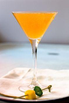 Mangapeño: Vodka, Mango Purée, Aperol, Lemon Juice, Simple Syrup, Jalapeño, Prosecco.
