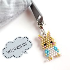 Hama Beads Patterns, Beaded Jewelry Patterns, Beading Patterns, Clay Crafts For Kids, Seed Bead Crafts, Beaded Animals, Brick Stitch, Diy Jewelry, Charms