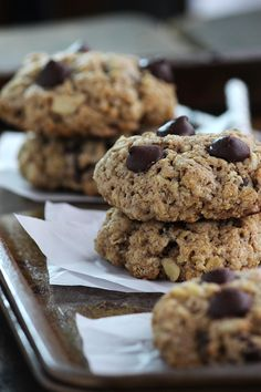 PALEO Perfect (and super simple!) Chocolate Chip Cookies - YUMMY!! #paleo #glutenfree #grainfree