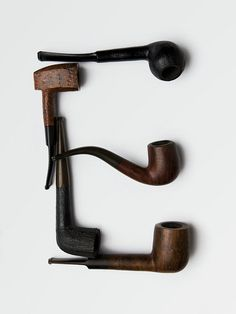 Reminds me of my Dad...he loved his pipes