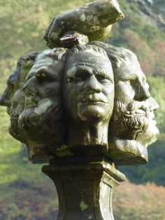 The Well of the Seven Heads (monument commemorating the 1663 massacre of seven members of one family in the Scottish Highlands) Scottish Accent, Scotland Road Trip, Scotland History, England And Scotland, Old Building, The Seven, Scottish Highlands, My Heritage, Great Britain