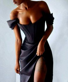 Pretty Prom Dresses, Glam Dresses, Event Dresses, Dance Dresses, Pretty Outfits, Cute Dresses, Black Outfit Party, Vestidos Fashion, Fashion Dresses