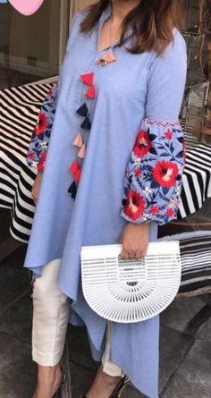 Designer Party Wear Dresses, Kurti Designs Party Wear, Indian Designer Outfits, Kurta Designs, Blouse Designs, Pakistani Dress Design, Pakistani Dresses, Abaya Fashion, Fashion Dresses