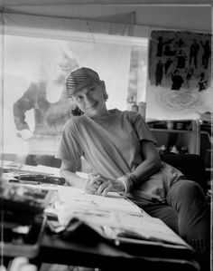 Mary Beth Edelson - a pioneer of the Feminist Art movement in the United States since the early Feminist Art, Female Art, Feminism, Collages, Revolution, 1970s, Book Art, Art Photography, Studios