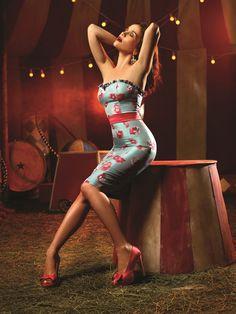 Natalia Oreiro in Las Oreiro Circus campaign