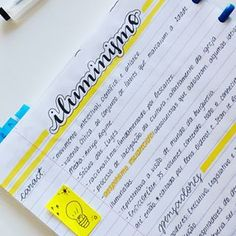 "1,115 curtidas, 40 comentários - Juliana Miranda (@juliana_studies) no Instagram: ""Anotações de história - Grandes Navegações #studyblr #study #studygram #studying #lettering…"" Cute Notes, Pretty Notes, School Motivation, Study Motivation, Studyblr, Neat Handwriting, Bullet Journal Notes, Study Organization, Cool Notebooks"