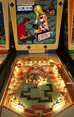 1968 Gottlieb Domino pinball