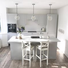 Mix our Fairford Dove Grey cabinets with our marble effect worktop for an on-trend kitchen, as shown by Grey Shaker Kitchen, Grey Kitchen Floor, Kitchen Flooring, Grey Kitchen Diner, Grey Kitchen Designs, Kitchen Room Design, Kitchen Interior, Kitchen Decor, Ikea Kitchen