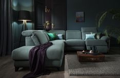 Add a dark luxurious look to your home with our Bellona sofa!