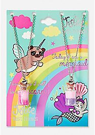 Justice is your one-stop-shop for on-trend styles in tween girls clothing & accessories. Shop our BFF Pugicorn & Meowmaid Potion Pendant Necklace - 2 Pack. Girls Necklaces, Girls Jewelry, Cute Jewelry, Kawaii Jewelry, Charm Necklaces, Unicorn Room Decor, Unicorn Art, Justice Store, Justice Accessories
