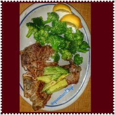Tbone Steak w Avacado & Brocolli