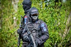 Indonesian Police Pics + Vids : Units / Vehicles (Densus 88, Brimob, etc)