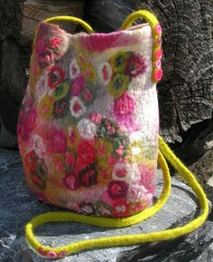 Veske - dinbod.no Felting, Bucket Bag, Bags, Handbags, Felt Fabric, Bag, Totes, Hand Bags