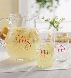 Martha Stewart Crafts adhesive silkscreens make it easy to create this personalized pitcher & glasses with gloss opaque glass paint #marthastewartcrafts