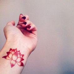 Tatuagem de Flor de Lotus   Flor de Lótus Pontilhismo