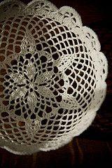 Ravelry: Lace Bowl pattern by Linda Permann.. Free pattern!