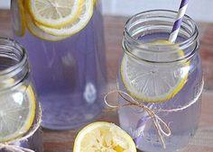 Infused Water Recipes, Fruit Infused Water, How To Relieve Migraines, Lemonade Diet, Best Detox, Lavender Oil, Lavander, Detox Recipes, Cocktail Drinks