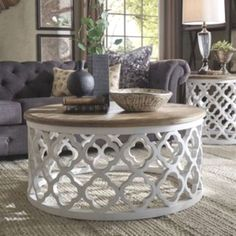 Vince Reclaimed Wood Moroccan Trellis Drum Coffee Table by iNSPIRE Q Artisan (White Finish) Source by overstock Drum Coffee Table, Round Wood Coffee Table, Morrocan Coffee Table, Farmhouse Coffee Tables, Coffee Chairs, Living Room Furniture, Living Room Decor, Table Furniture, Mesa Sofa