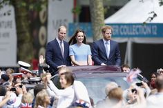 Pin for Later: The Royal Family Didn't Let a Little Rain Ruin the Queen's Birthday Picnic Lunch