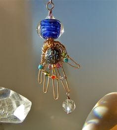 Love this sculpture! Wire Wrapped Jewelry, Wire Jewelry, Jewelery, Hand Jewelry, Handmade Jewelry, Crystal Healing, Natural Healing, Healing Hands, Spiritual Jewelry