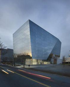 1100 First Street / Krueck & Sexton Architects