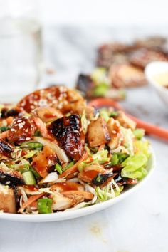 Chopped Asian BBQ Chicken Salad with Honey-Sesame Crackers. I love any Asian BBQ. - Collecting up my prior pins here for re-casting on new boards. Bbq Chicken Salad, Barbecue Chicken, Asian Chicken, I Love Food, Good Food, Yummy Food, Asian Bbq, Asian Recipes, Healthy Recipes