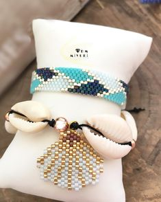 Advice on buying jewelry insurance - Fine Jewelry Ideas Ancient Jewelry, Old Jewelry, Fine Jewelry, Jewelry Making, Bead Loom Patterns, Beaded Jewelry Patterns, Jewelry Insurance, Bead Loom Bracelets, Bracelets