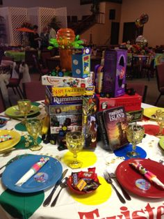 Game Night with Friends this decor is a great and cute idea!