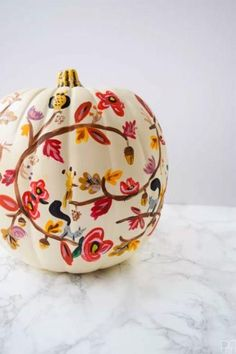 Sick of Halloween Carving Kits? Get Inspired by These Creative Painted Pumpkin Ideas Painted Fall Pumpkin: These hand-painted pumpkins are gorgeous—and they're so much easier to make than they look. Click through to find more easy painted pumpkin ideas to Easy Pumpkin Carving, Pumpkin Uses, No Carve Pumpkin Decorating, Pumkin Decoration, Carving Pumpkins, Decorating Pumpkins, Pumpkin Carvings, Pumpkin Art, Casa Halloween