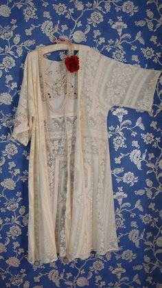 Beautiful Vintage Recycled Ivory Cotton Lace Linen Cut Work