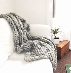 Hand Made 100% Wool Chunky Knit Throw Blanket Stylish by ColasWool