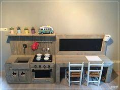 Keukentje + bureautje Kids