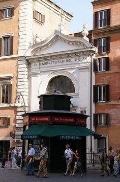 Rom, Piazza Colonna, Santa Maria della Pietà