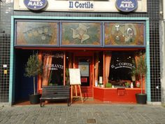 Il Cortile | Typical Italian restaurant with a few vegetarian pasta's and pizza's on the menu