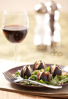 Fig & Arugula Salad with Maple Balsamic Vinaigrette - Eating Curiously