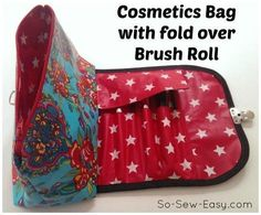 Bolsa de maquiagem - Cosmetics bag with a built in fold over brush roll. Free pattern and step by step instructions. Looks great in a laminate fabric. Sewing Patterns Free, Free Sewing, Free Pattern, Bag Patterns, Fabric Crafts, Sewing Crafts, Sewing Projects, Sewing Hacks, Sewing Tutorials