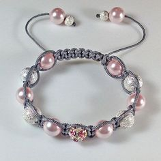 I like the closure on this. Shamballa Bracelet - #Beading #Jewelry #Tutorial