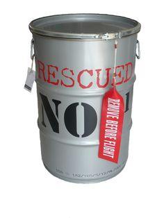 Rescued! opbergblik grijs met rode letters