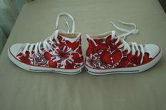 Hearts custom Converse All Stars love these
