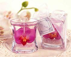 bougies avec du gel et deco florale fantastique, comment fabriquer une bougie élégante, idée élégante