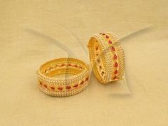 Beautiful Bangle with Red kemp stones and pearls