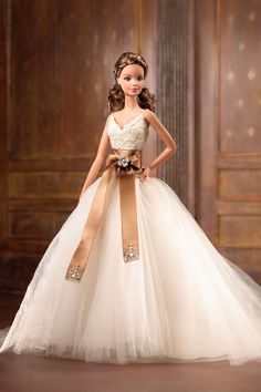 Fashion Doll: Barbie Designer Collection Monique Lhuillier Bride Barbie Doll * You can find out more details at the link of the image.Looking for the Monique Lhuillier Bride Barbie Doll? Immerse yourself in Barbie history by visiting the official Bar Barbie Bridal, Barbie Wedding Dress, Barbie Gowns, Barbie Dress, Barbie Clothes, Wedding Dresses, Mattel Barbie, Barbie Doll, Barbie Torte
