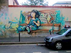 streetart by AliCè. see more here: http://blog.dtoday.de/neonroehren/2012/04/streetart-by-alice-pasquini/