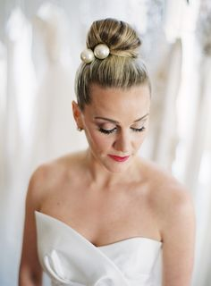 Love Katie + Sarah Choosing your wedding dress is easily one of the biggest decisions you will make and one of the most important parts of planning your wedding. But what about your hair and makeup? It's easy to forget about them, which is why here at Wedding Party we've put together a list of …