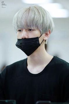 Uploaded by Luna Kim. Find images and videos about kpop, exo and baekhyun on We Heart It - the app to get lost in what you love. Exo, Chanyeol, Baekyeol, Chanbaek, Eunwoo Astro, Celebrity List, Kaneki, Korean Singer, Cute Guys