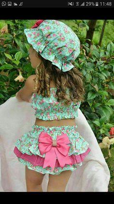 Diy Crafts - Ideas sewing patterns for kids dress barbie clothes for 2019 dress clothes sewing Barbie Dress, Barbie Clothes, Dress Clothes, Baby Girl Fashion, Kids Fashion, Fashion Clothes, Little Girl Dresses, Girls Dresses, Short Bebe