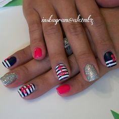 nautical nails, Anchor nails, striped nail art, pipe dream polish